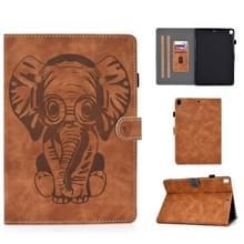 Voor iPad 10.2 10.5 / iPad Air 10.5 2019 Embossed Elephant Pattern Horizontale Flip PU Lederen Case met Slaapfunctie & Magnetic Buckle & Bracket en kaartsleuf(Bruin)