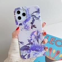 Voor iPhone 12 Pro Max Laser Patroon Zachte TPU beschermhoes (Witte Achtergrond Blauwe Bloem)